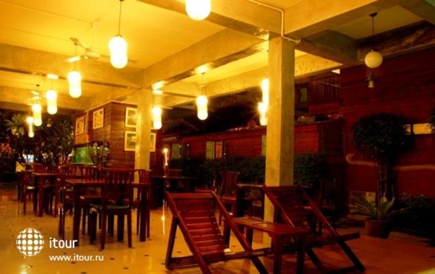 Buri Gallery House & Resort 8