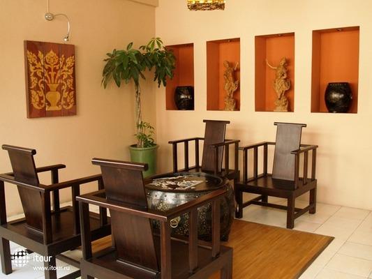 Maninarakorn Hotel 7