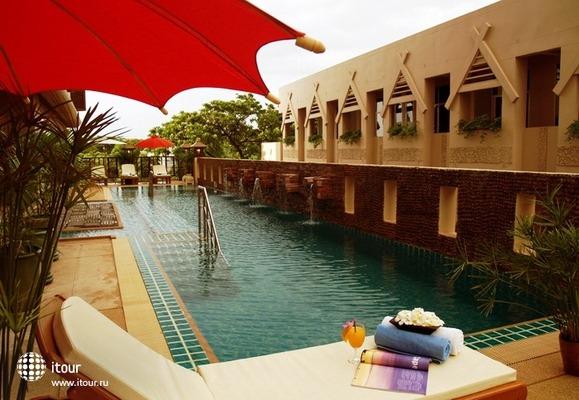 Maninarakorn Hotel 2