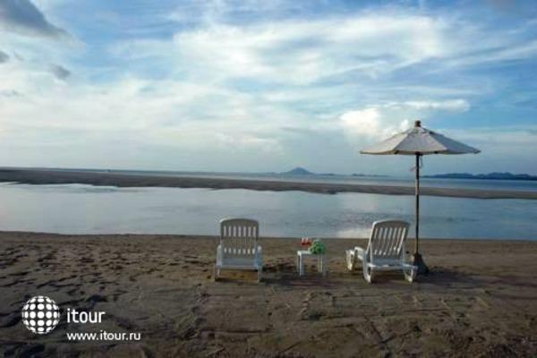 Lanta Pura Beach Resort 7
