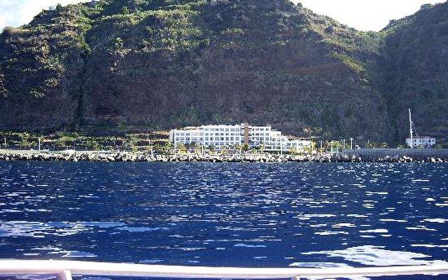 Calheta Beach 19