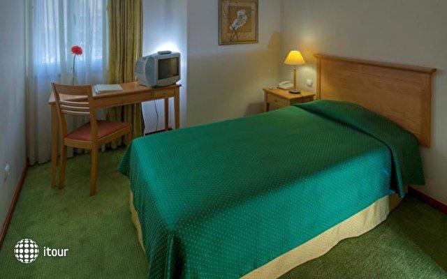Orquidea Hotel 7