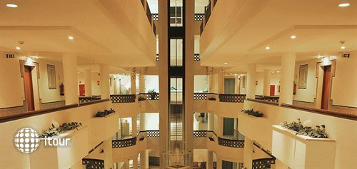 Oriental Hotel 8