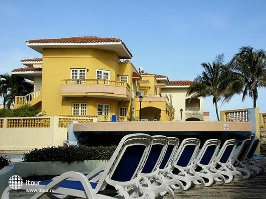Comodoro Hotel & Bungalows 8