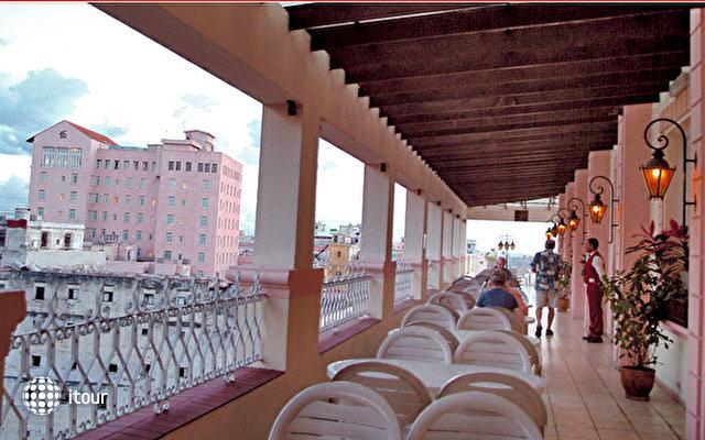 Hotel Plaza 7