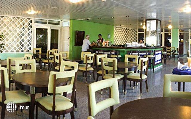 Hotel Atlantico Playas Del Este 5