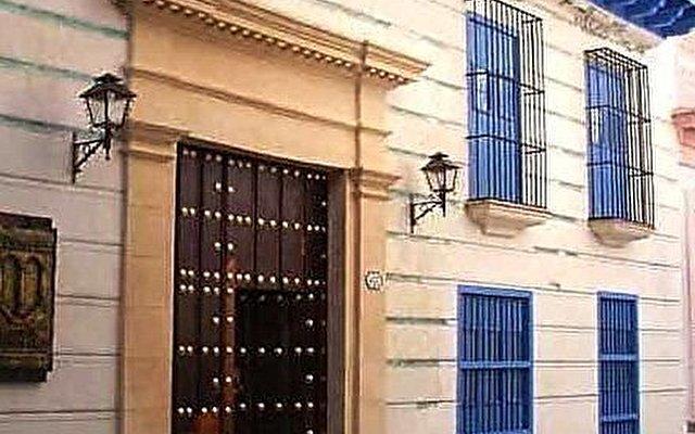 Hostal Beltran De Santa Cruz 4