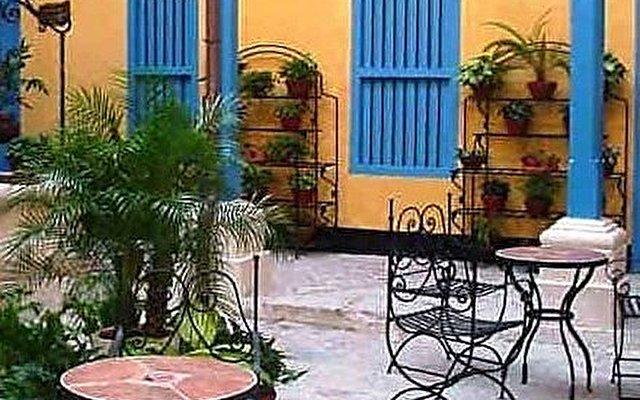 Hostal Beltran De Santa Cruz 5