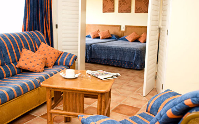 Nh Krystal Laguna Villas & Resort 3