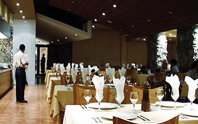 Nh Krystal Laguna Villas & Resort 10
