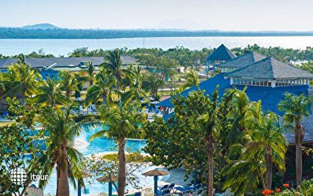 Blau Costa Verde Beach Resort Hotel  6