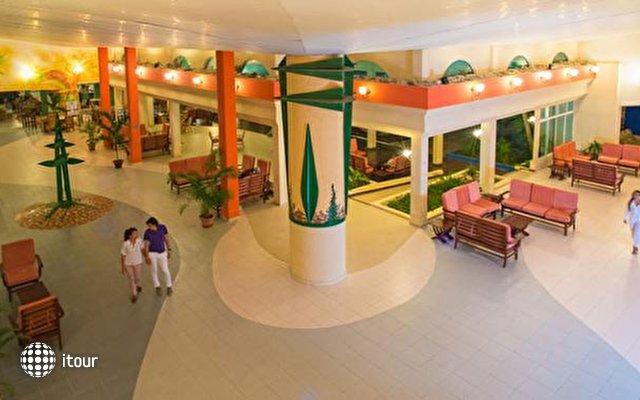 Blau Costa Verde Beach Resort Hotel  8