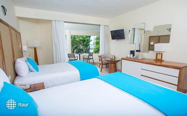 Impressive Resort & Spa 9