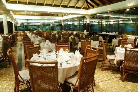 Sirenis Cocotal Beach Resort Casino & Spa 2