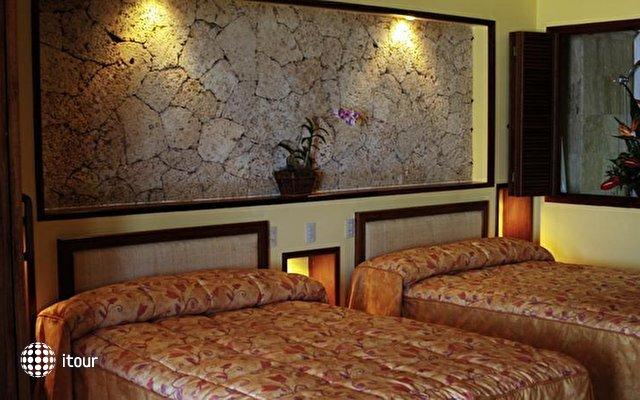 Vik Hotel Cayena Beach 9