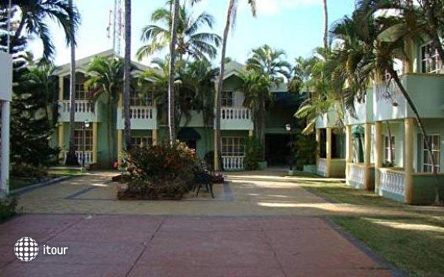 Cortecito Inn 8