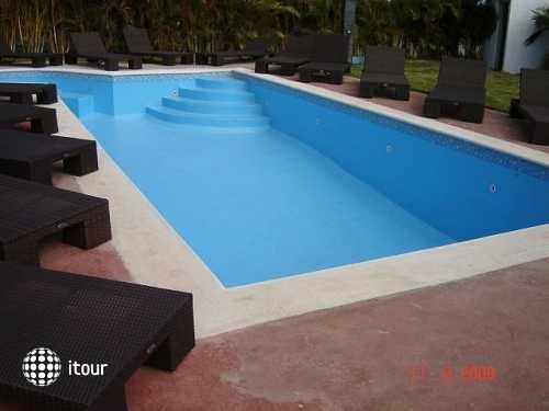 Colony Bay Resort 21