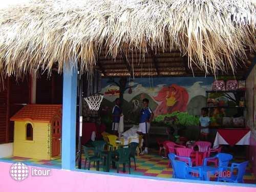 Colony Bay Resort 35