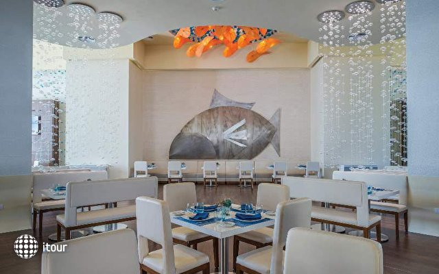 Memories Splash Punta Cana Resort & Casino 7