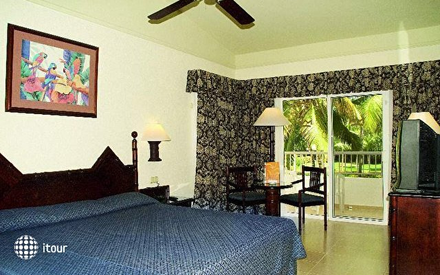 Club Hotel Riu Bambu 10