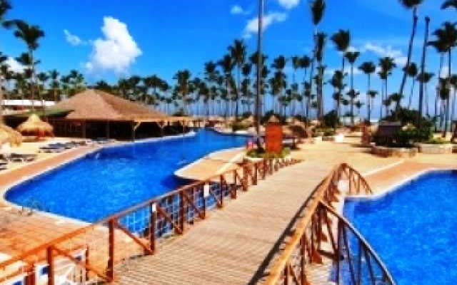 Sirenis Tropical Suites 8