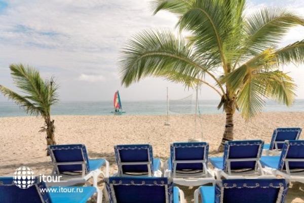 Viva Wyndham Playa Dorada 6