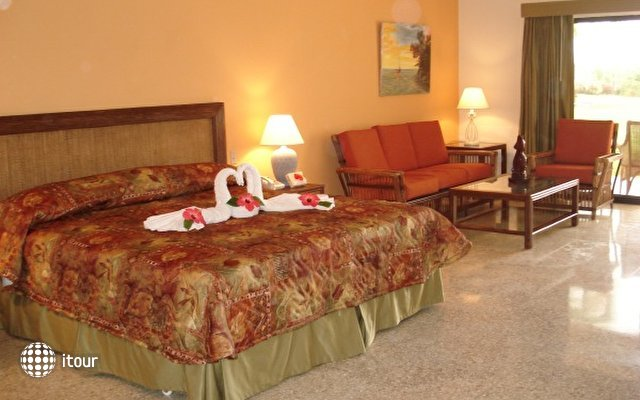Caliente Caribe Resort & Spa 4