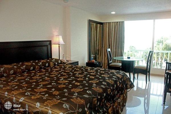 Napolitano Hotel & Casino 3