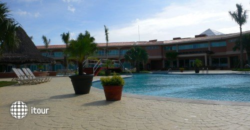 Embassy Suiteshotel At Los Marlins Grand Resort 5