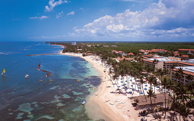 Barcelo Capella Beach 6