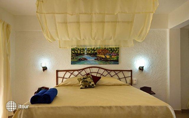 Playa Esmeralda Resort 2