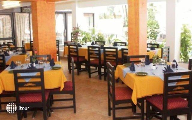 Alor Holiday Resort Calangute 8