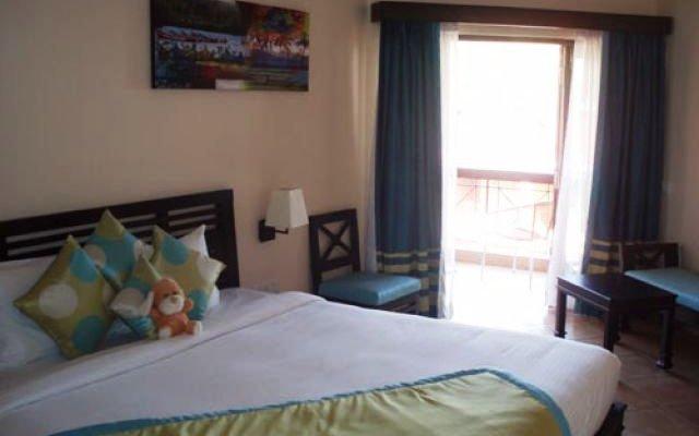 Baga Marina Beach Resort & Hotel (ex. Beacon Court) 3