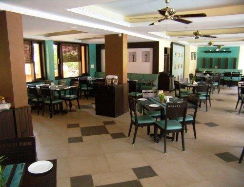 Baga Marina Beach Resort & Hotel (ex. Beacon Court) 9