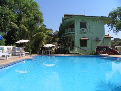 Ruffles Beach Resort 3