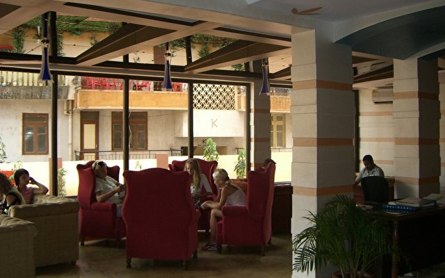 Nazri Resort 9