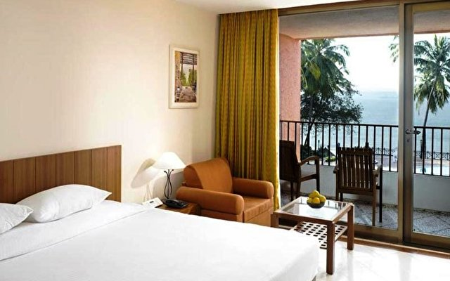 Cidade De Goa Beach Resort  5
