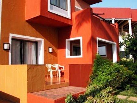 Cidade De Goa Beach Resort  8