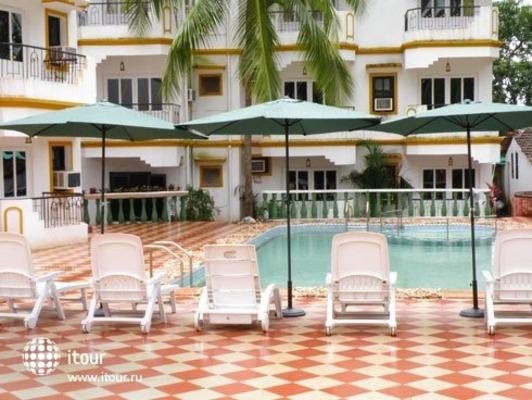 Camelot Resort 1