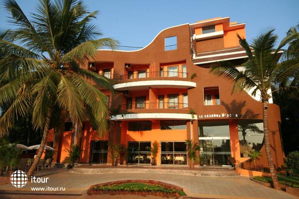 Le Seasons Beach Resort Candolim 6