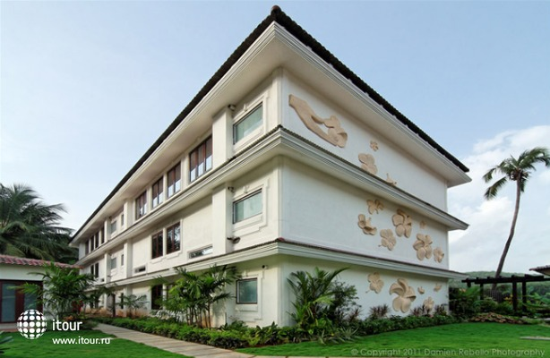 White Pearl Suites 5