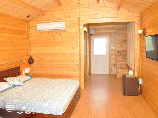 Ozran Heights Beach Resort 8
