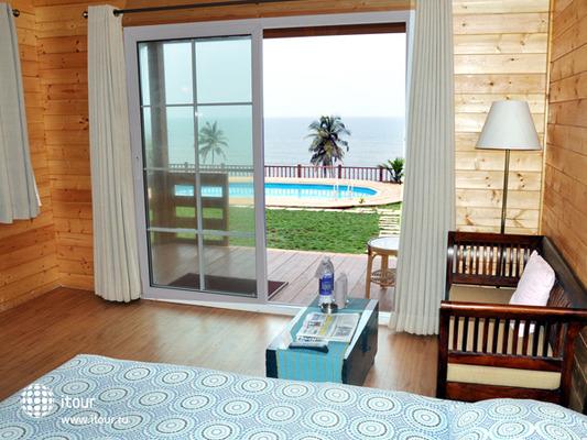 Ozran Heights Beach Resort 10
