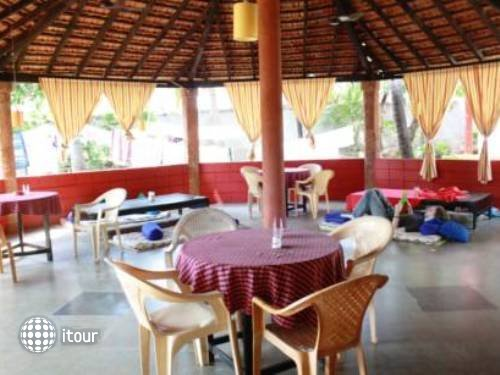 Anjuna Beach Resort 2