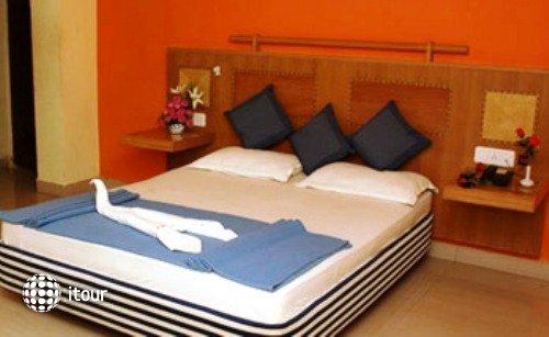 Krish Holiday Inn 3
