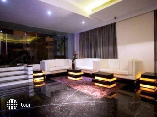 L Hotel Eden 8