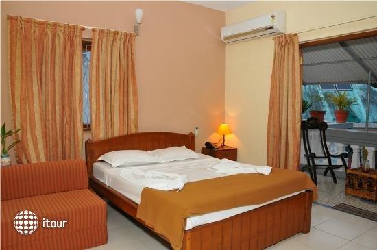 Shalom Resort 1