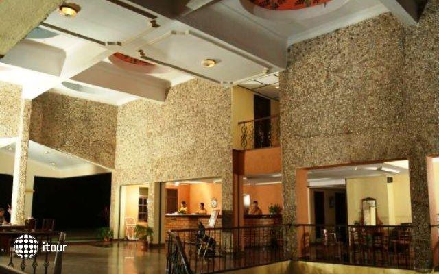 Bambolim Beach Resort 5