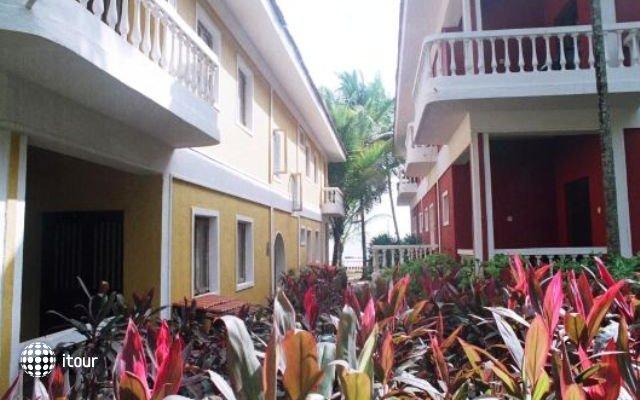 Bambolim Beach Resort 8