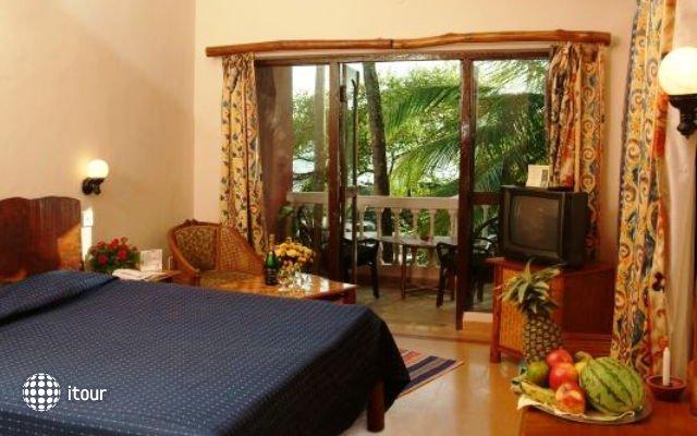 Bambolim Beach Resort 10